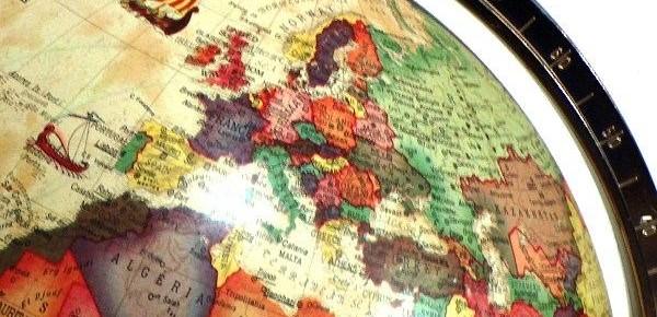 Obszerna lista nazw państw i narodowości po niemiecku