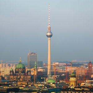 Przydatne terminy hotelarskie po niemiecku – wyrusz w podróż bez obaw