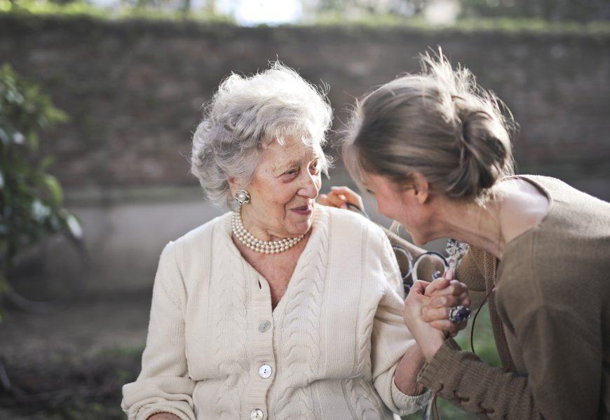 NIEMIECKI NIEZBĘDNIK JĘZYKOWY dla opiekunów osób starszych i niepełnosprawnych
